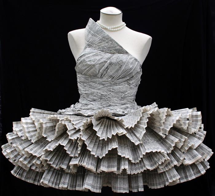 Vestido de periódicos