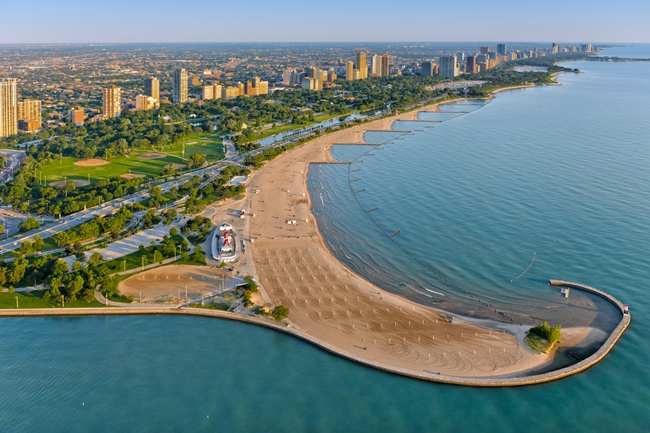 Top 10 Best Places to Visit in Chicago 2018   Tourist2traveler com North Avenue Beach   One of the Best Places to Visit in Chicago
