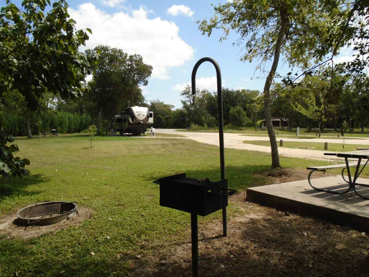 Goliad State Park Amp Historic Site Full Hookup Campsites
