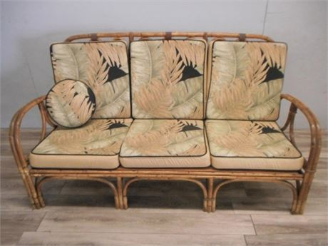 Transitional Design Online Auctions   VINTAGE RATTAN SOFA Listing Image
