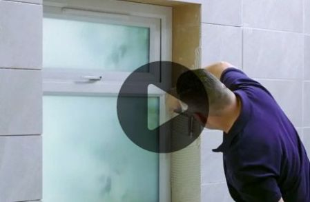 How to replace a damaged tile   Wickes co uk How to tile around a window
