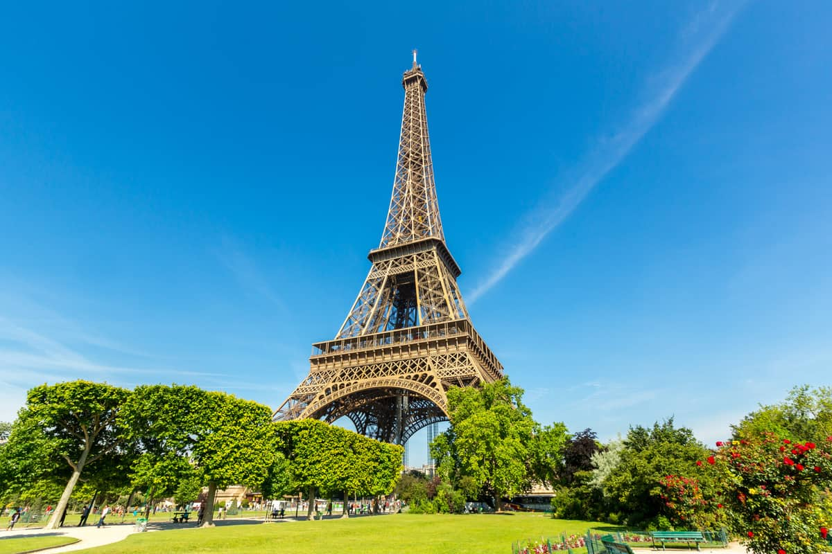 15 Places to Visit in Paris     the Complete Checklist Including a Map Places To Visit In Paris  Eiffel Tower