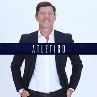 Onesto, atletico, affascinante: Aldo Montano è pronto per iniziare questa nuova sfida nell…