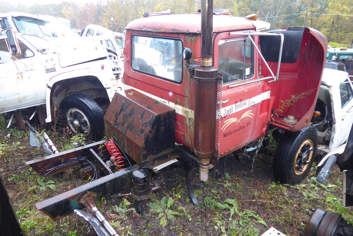 1979 Mack R685st Tandem Axle Day Cab Tractor For Sale By Arthur Trovei Amp Sons Used Truck Dealer