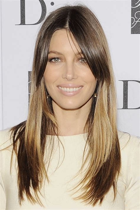 40 Flattering Haircuts And Hairstyles For Oval Faces.html