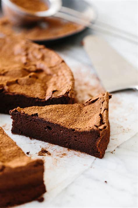 flourless chocolate cake downshiftology