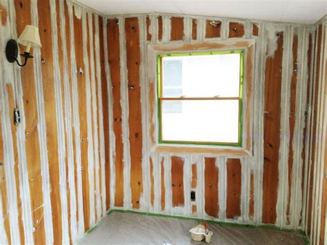 priming wood paneling heavy duty shellac based primer