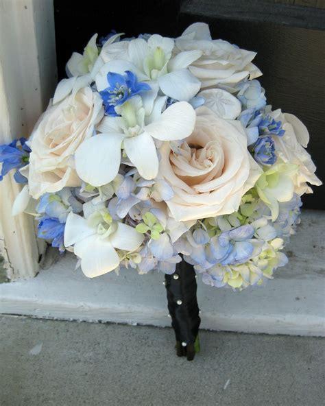 blue white black wedding flowers laguna beach white