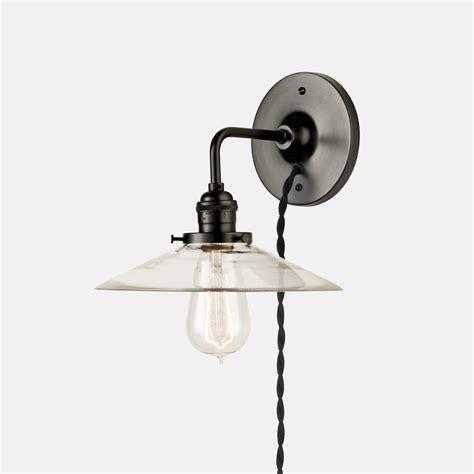 Guide To Choosing Plug In Wall Lights Warisan Lighting.html