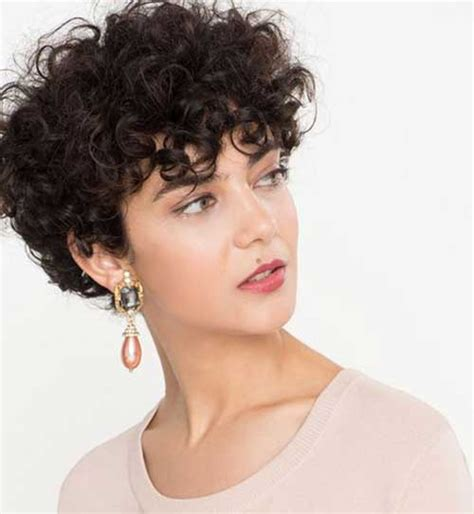 short curly hairstyles women 2018 trends styles art
