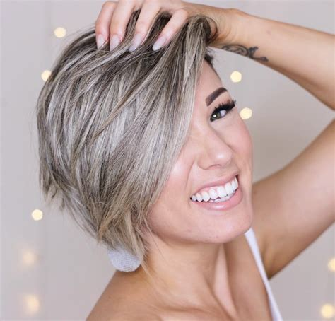 top 10 trendy maintenance short layered hairstyles 2020