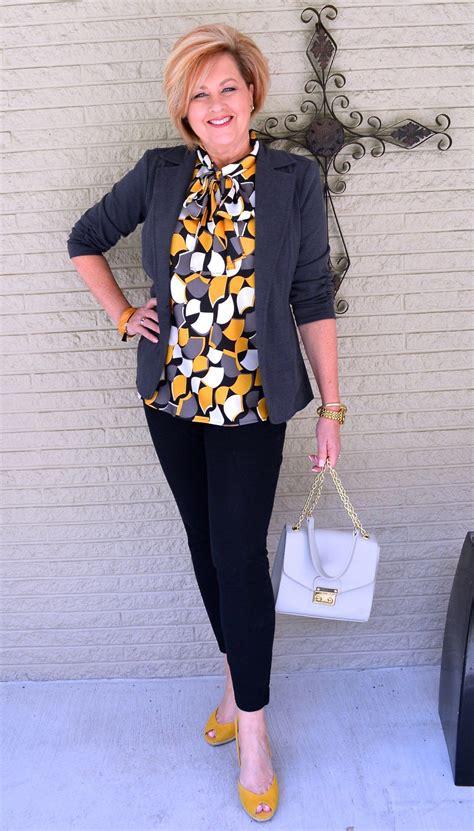 style blouse keen high pants bit tight