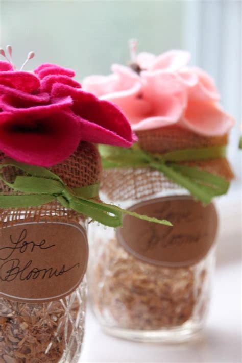 diy wildflowers seed wedding favors hgtv
