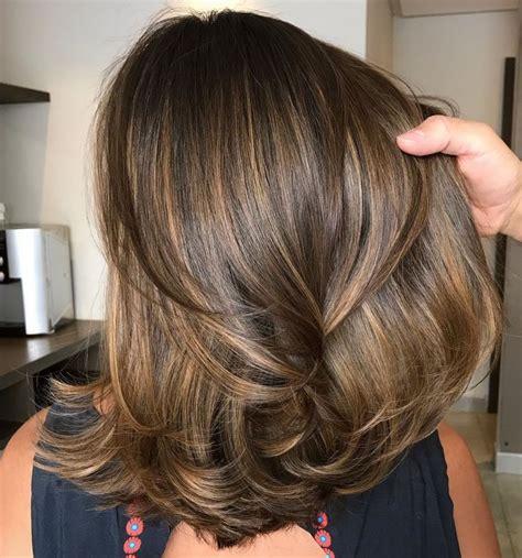 2019的80 sensational medium length haircuts thick hair