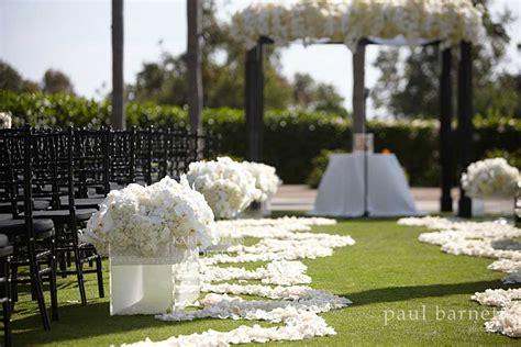 black white themed wedding inspiration overwhelmed bride wedding