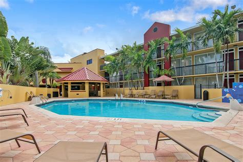 sale fort lauderdale hotel prime location oceanica real