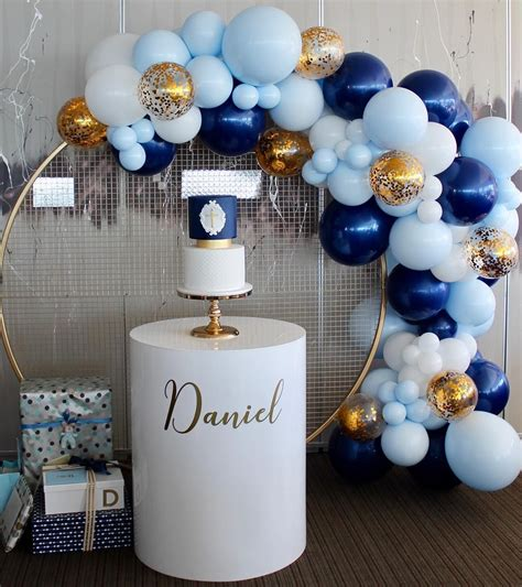 daniels christening wall plinth arabellaevents balloons balloonamoreatcamden cake
