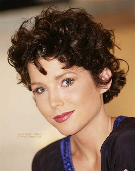 short naturally curly hairstyles hair short curly short