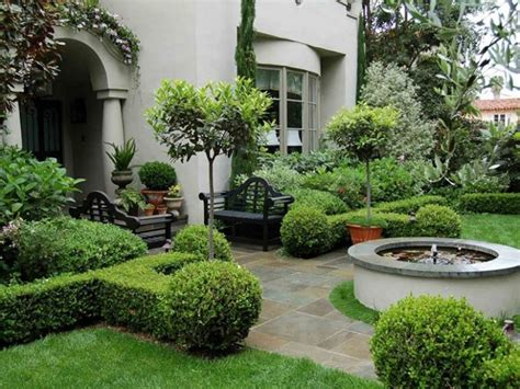 35 beautiful front yard landscaping ideas