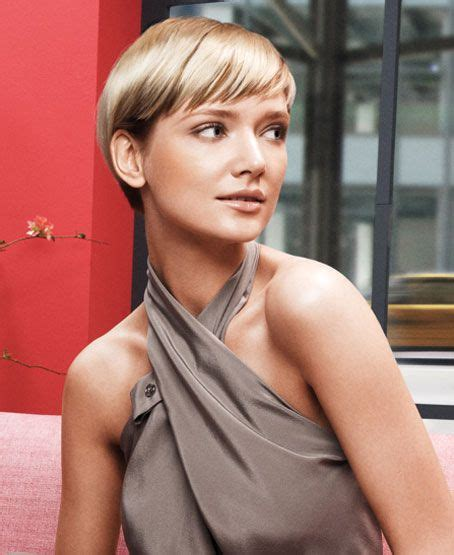 short hairstyle clean polished finish sleek sophisticated hair