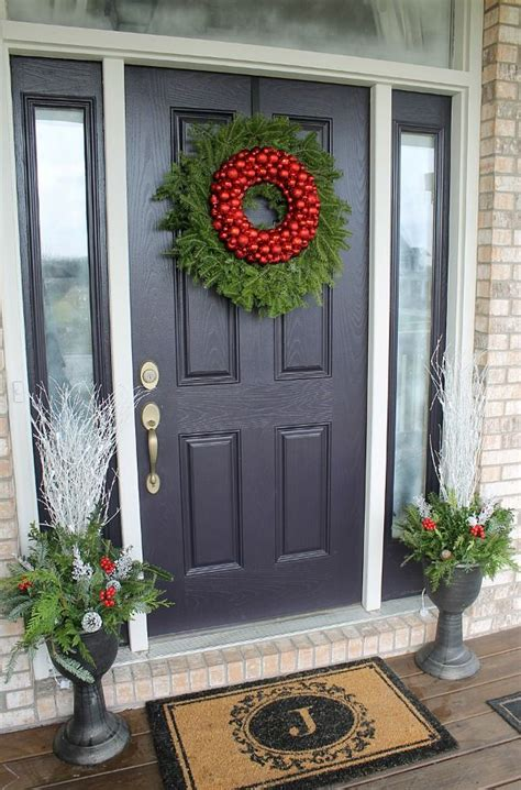 decorate front door holidays lovely simple festivity