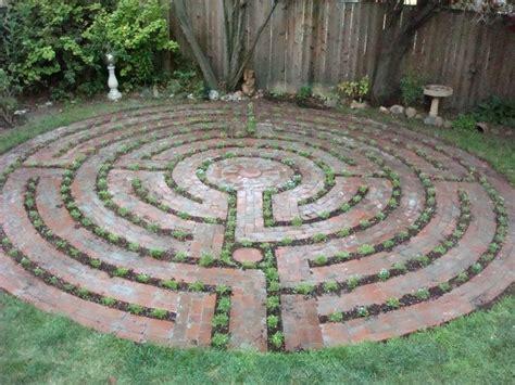 27 backyard maze images pinterest labyrinth garden labyrinth