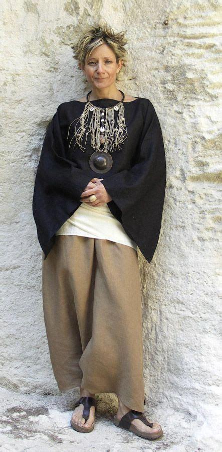 dressing 50 latest fashion trends women 50 elegant