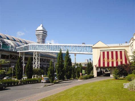 skyline hotel waterpark niagara falls hotels inns