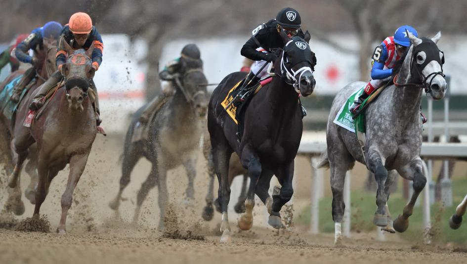 Sharp Azteca Wonder Gadot Among Saturday Stars At