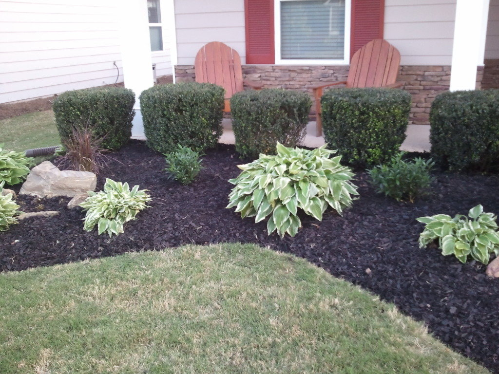 How Mulch Flower Garden