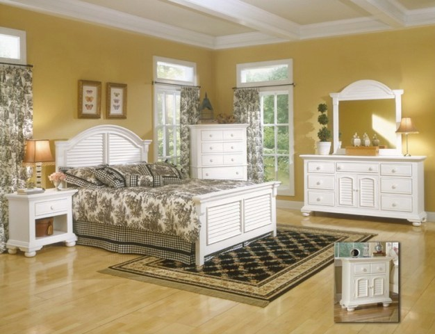 Upscale Furniture Resales   2   New Bedroom Furniture New Cottage Traditions Bedroom SET