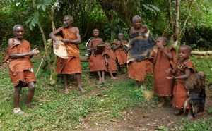 The Batwa pygmies of Bwindi – Discover the indigenous group of Bwindi forest
