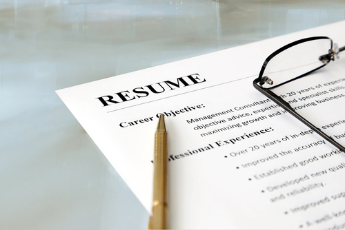Fresh Out of College  10 Resume Writing Hacks to Land an Interview     According to the recent study  for every job a new graduate applies for   they have to compete with up to 160 other applicants