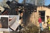 Bombero se emociona al encontrar Biblia intacta tras incendio