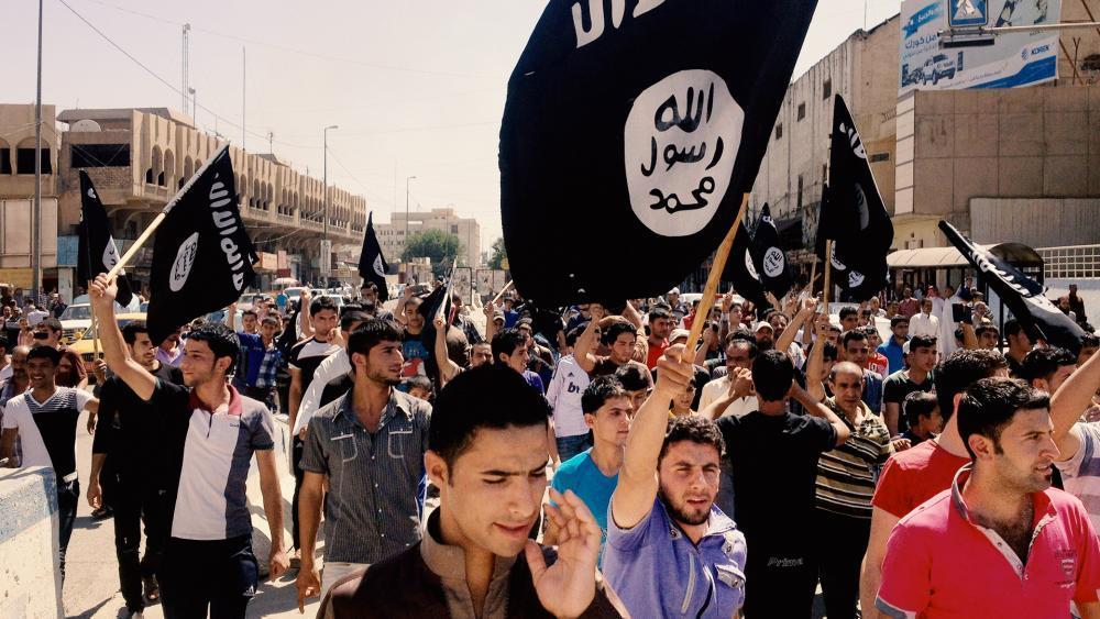'Vi un amor que no existía en el islam': Ex 'Príncipe de ISIS' se convierte a Cristo