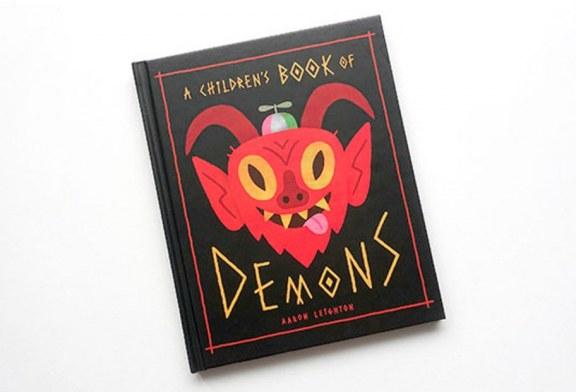 """Walmart y Amazon venden """"un libro de demonios para niños""""; les enseña cómo 'invocar demonios', alertan"""