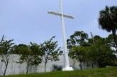 Corte vota a favor de que la cruz de Pensacola se quede en vía pública