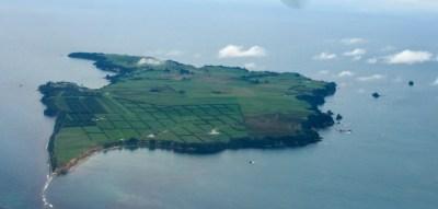 File:Motiti Island, Bay of Plenty, New Zealand, 1 April ...