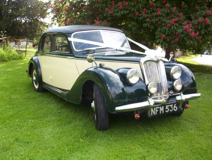 1964 austin cars » Riley Motor   Wikipedia RMA 1     litre saloon as a wedding car 1951