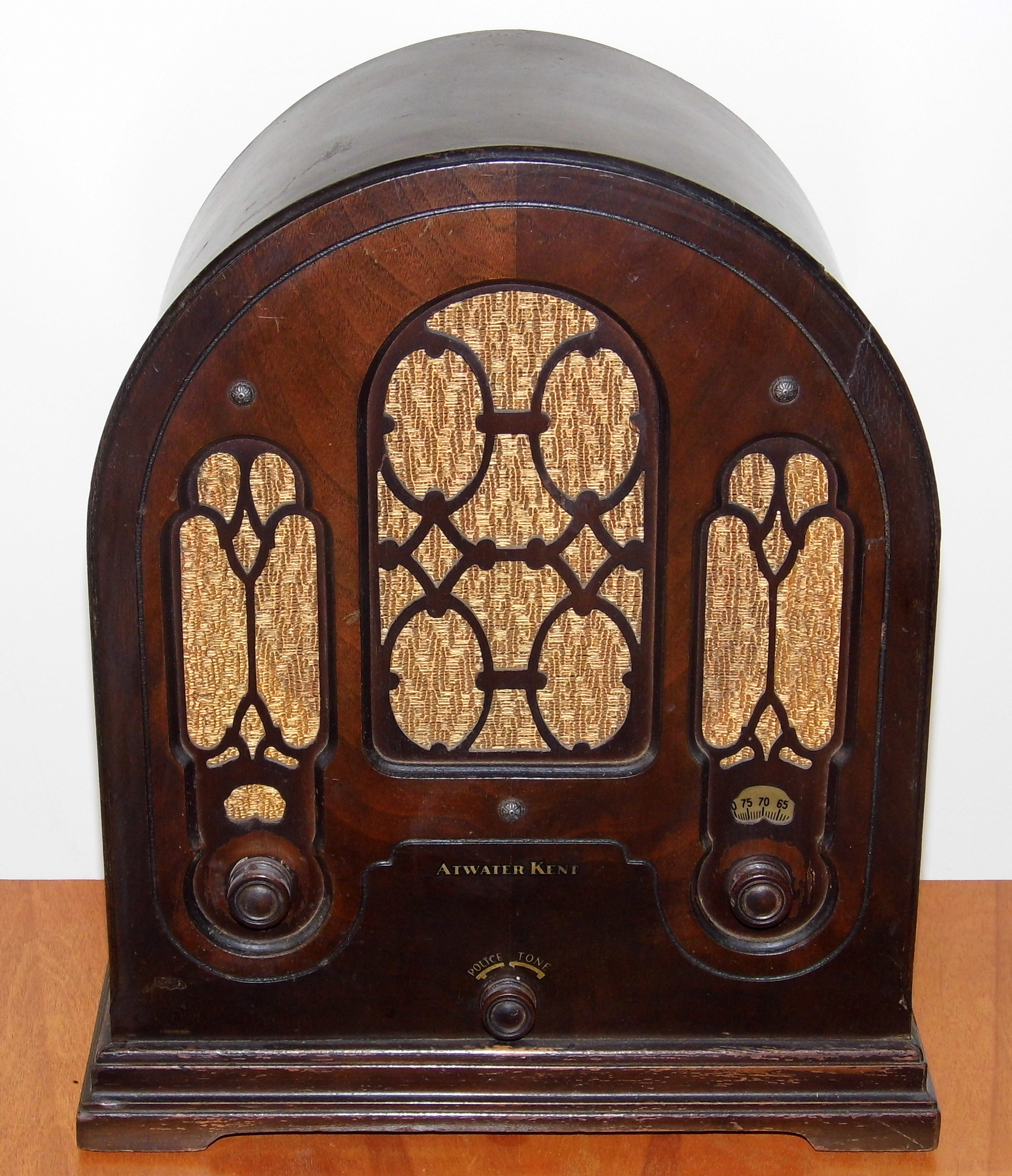 Cabinet Cathedral Radio