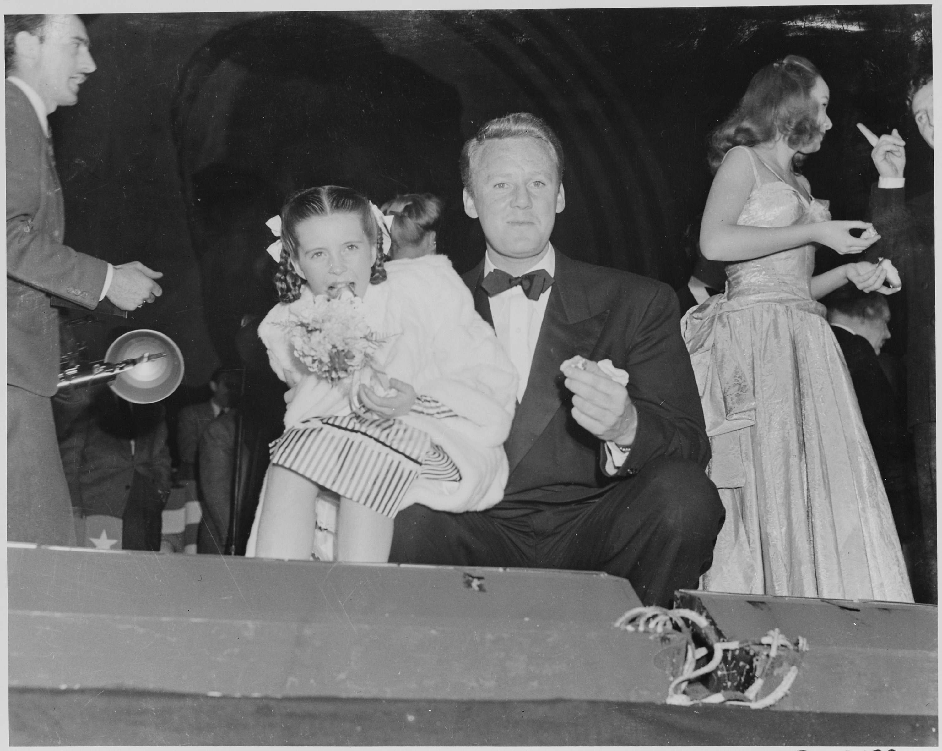 File Photograph Of Movie Star Van Johnson With Actress
