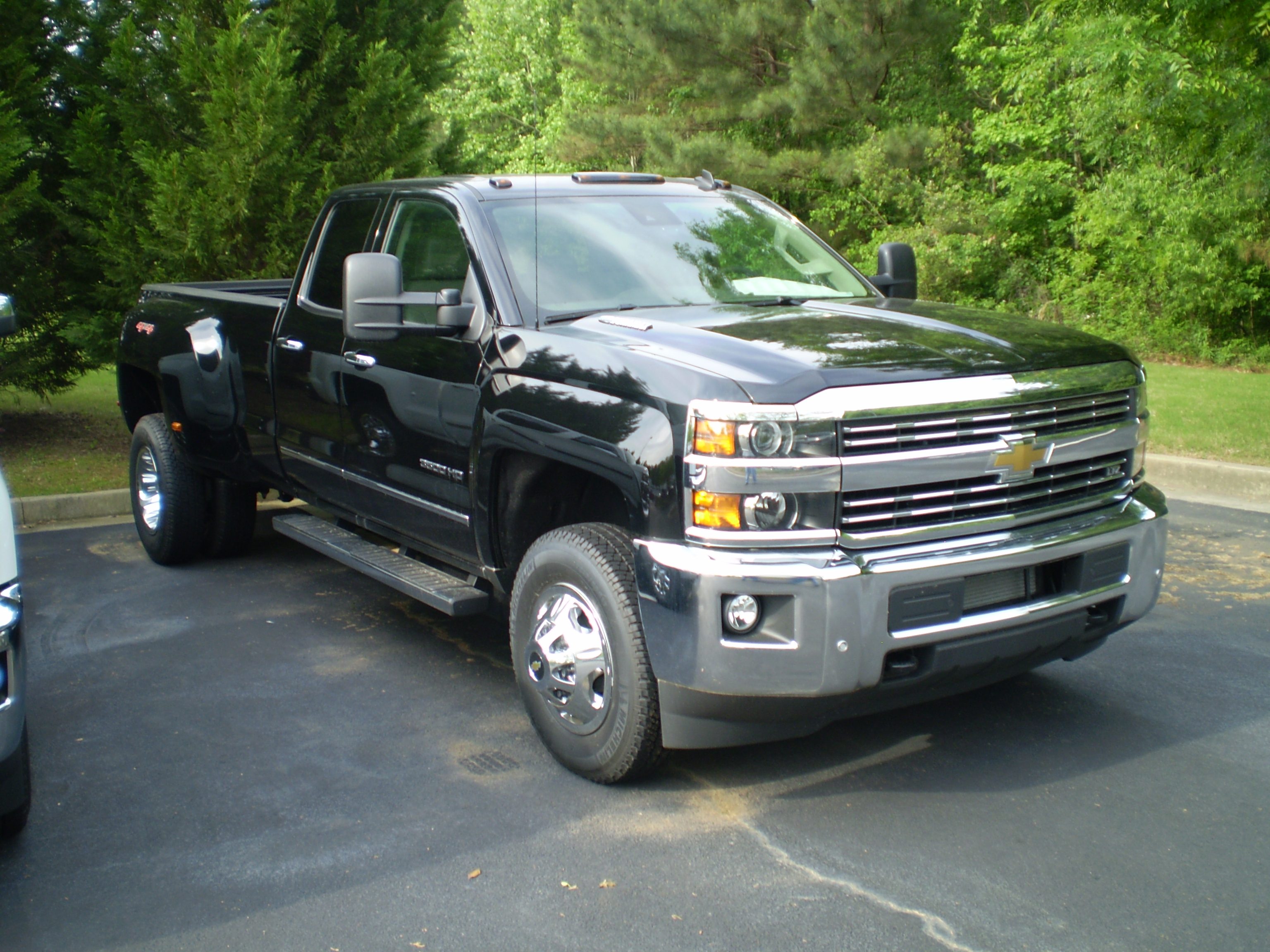 List of Chevrolet vehicles   Wikipedia 2015 chevrolet silverado ltz double cab 3500 hd  observe  JPG
