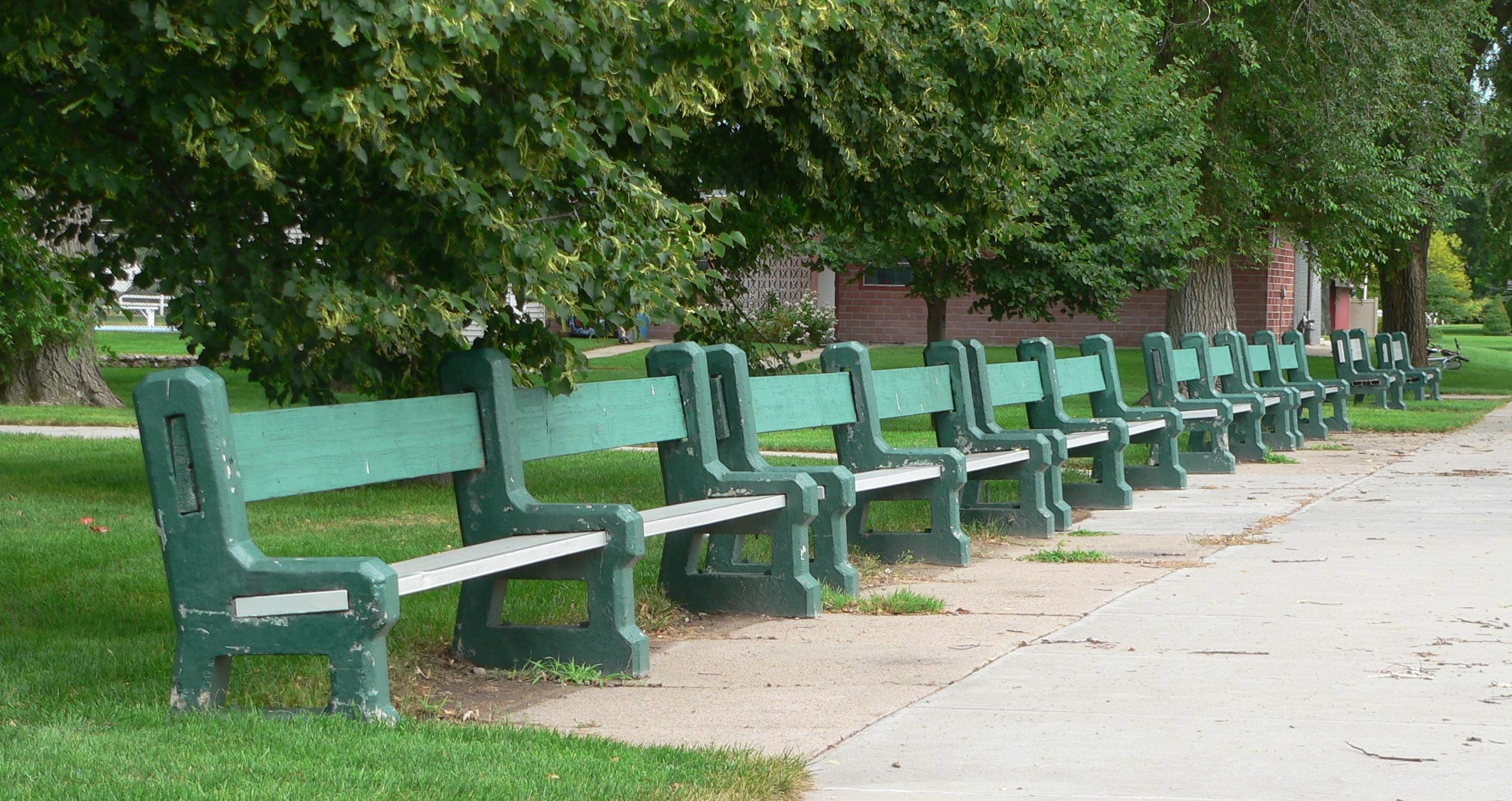 File Grant Nebraska City Park Benches 1 Jpg Wikimedia