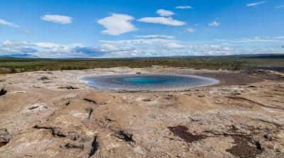 File:Gran Geysir, Área geotérmica de Geysir, Suðurland ...