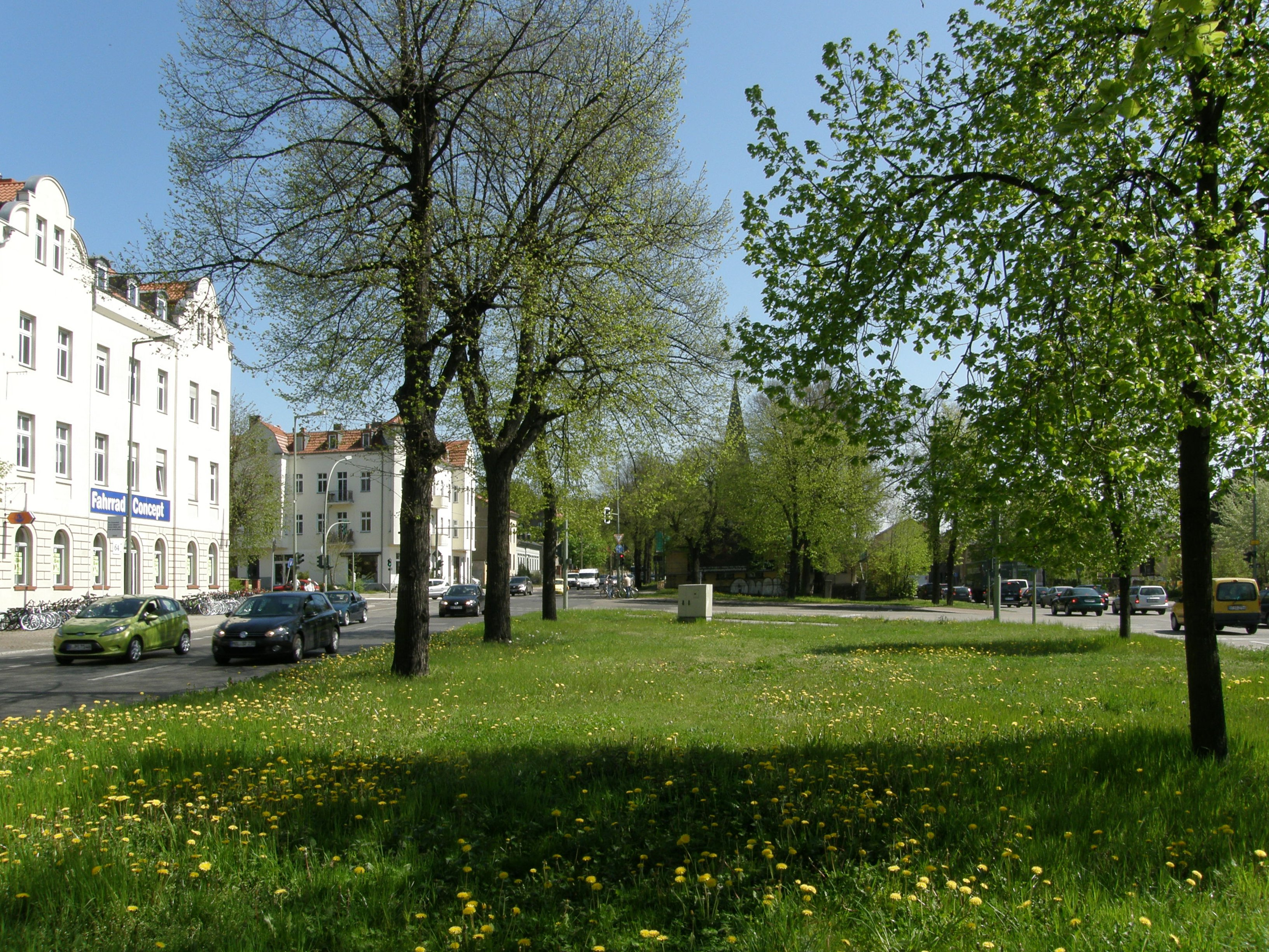 Datei:Alt-Biesdorf 2012-4-27 ama fec 352.JPG – Wikipedia