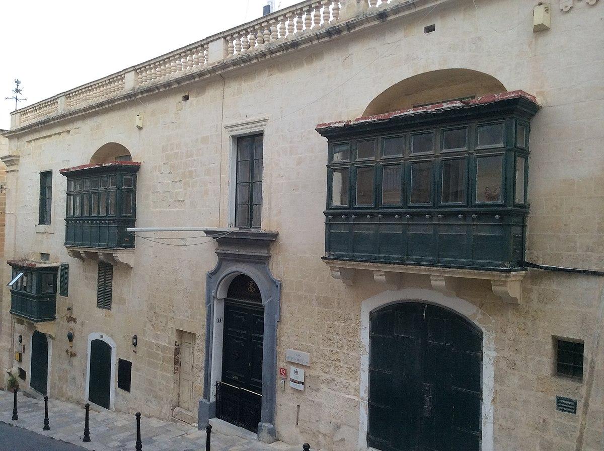 Casa Rocca Piccola Wikipedia