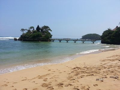 Pantai Balekambang - Wikipedia bahasa Indonesia ...
