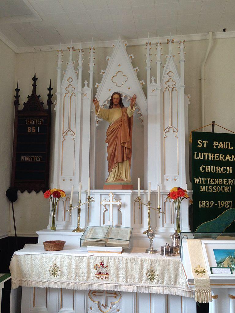File St Paul S Wittenberg Missouri Lutheran Church Altar Jpg Wikimedia Commons