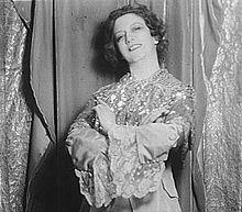 Elizabeth Arden - Wikipedia