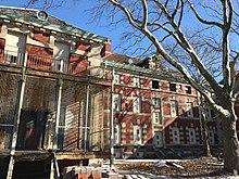 Ellis Island Immigrant Hospital - Wikipedia